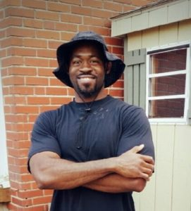 Personal Trainer Derrick Johnson with SoLi Fitness